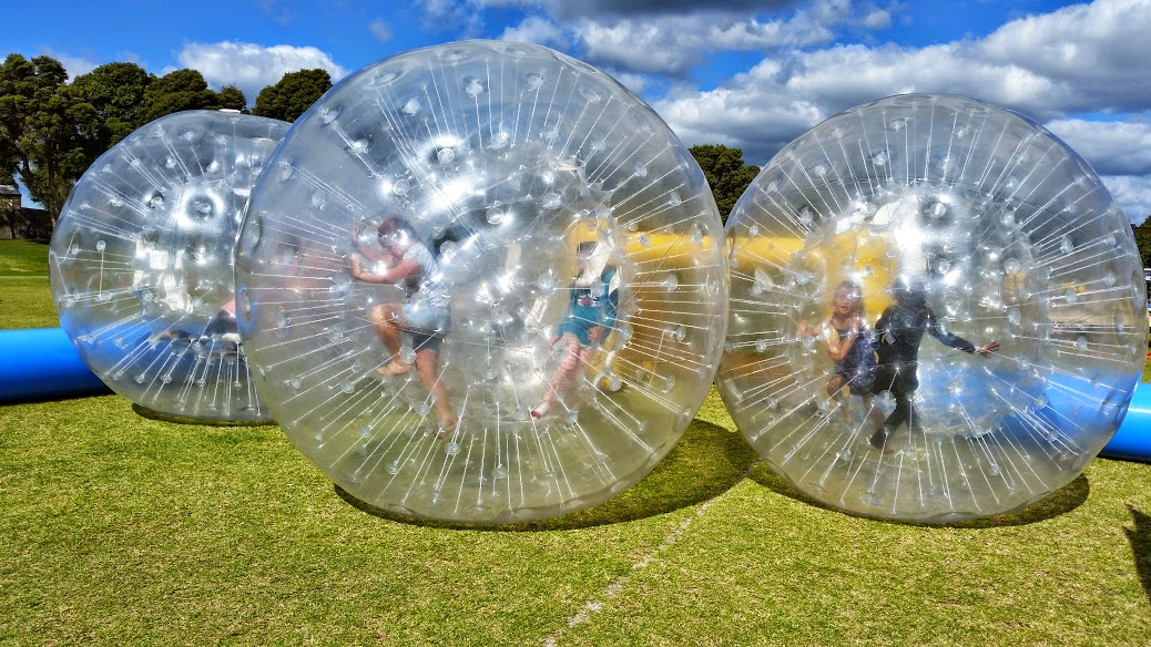 Zorb Balls – EMS Attractrions
